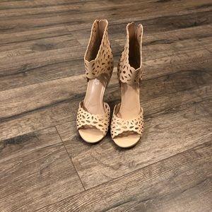 Charles David Robyn heels